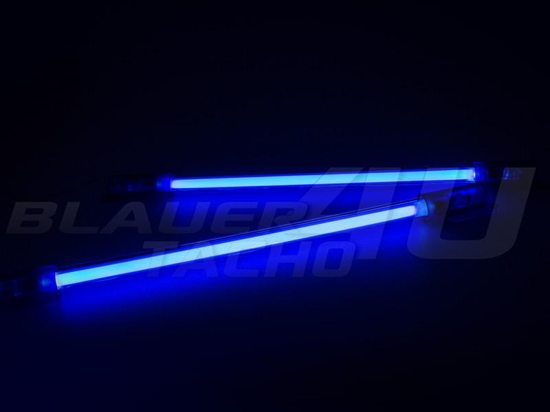 NEON-Fussraumbeleuchtung-Blau-Rot-Weiss-Gruen-Mitsubishi-Space-Gear-Runner