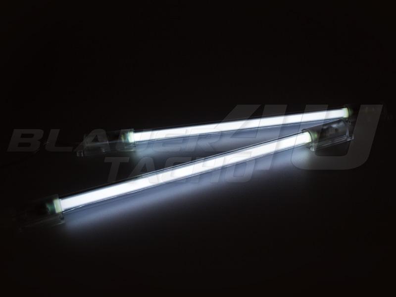 NEON-Fussraumbeleuchtung-Blau-Rot-Weiss-Gruen-Volvo-C30-C70-S40-S60-S70-S80
